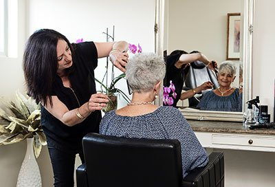 glenhaven-retirement-hairdresser